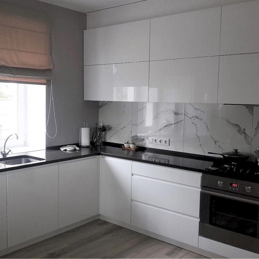 Белый кухонный гарнитур-Кухня МДФ в эмали «Модель 592»-фото1
