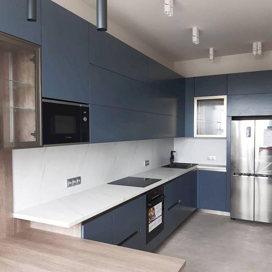 Белый кухонный гарнитур-Кухня МДФ в эмали «Модель 647»-фото1