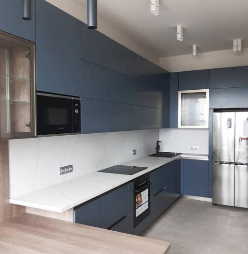 Белый кухонный гарнитур-Кухня МДФ в эмали «Модель 647»-фото8